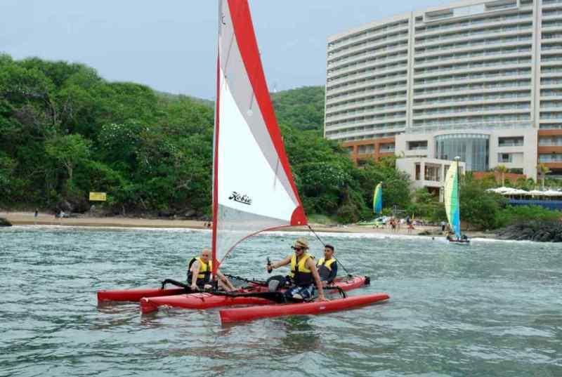 Experimente nuevas aventuras con las actividades acuáticas del Hotel Azul Ixtapa