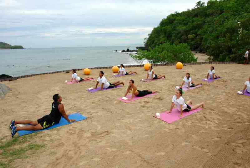 ECOGYM del Hotel Azul Ixtapa: Spinning - Yoga – Pilates – TAE BO – Zumba – Step aerobics – Belly dance – So tonic en el Hotel Azul Ixtapa