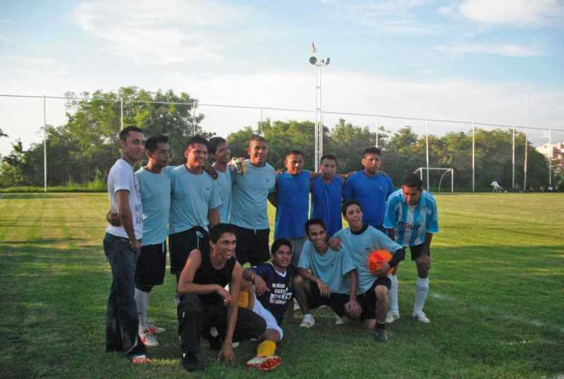 En el Hotel Azul Ixtapa queremos que viva la emoción de un partido de fútbol de alto nivel en nuestra cancha de fútbol con medidas profesionales