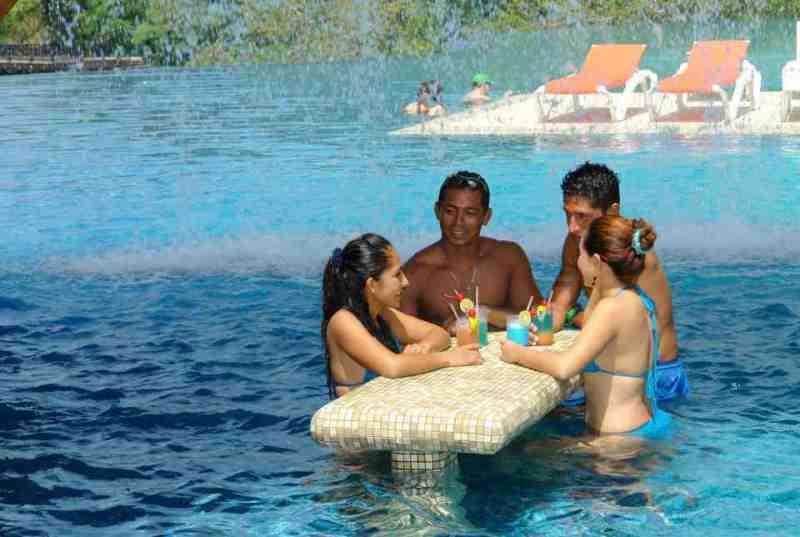 Galería de Fotos del Hotel Azul Ixtapa. Hotel Azul Ixtapa Fotografías. Hotel Azul Ixtapa Galería. Imágenes del Hotel Azul Ixtapa. Hotel Azul Ixtapa 2018