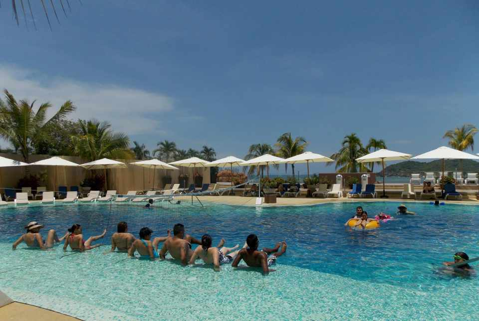 Hotel Azul Ixtapa Grand Albercas. Aqua spinning - Aqua bike - Aqua fitness en el Hotel Azul Ixtapa Grand