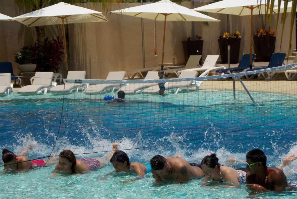 Hotel Azul Ixtapa Grand Piscinas. Aqua spinning - Aqua bike - Aqua fitness en el Hotel Azul Ixtapa Grand Natación, Deportes y juegos acuáticos