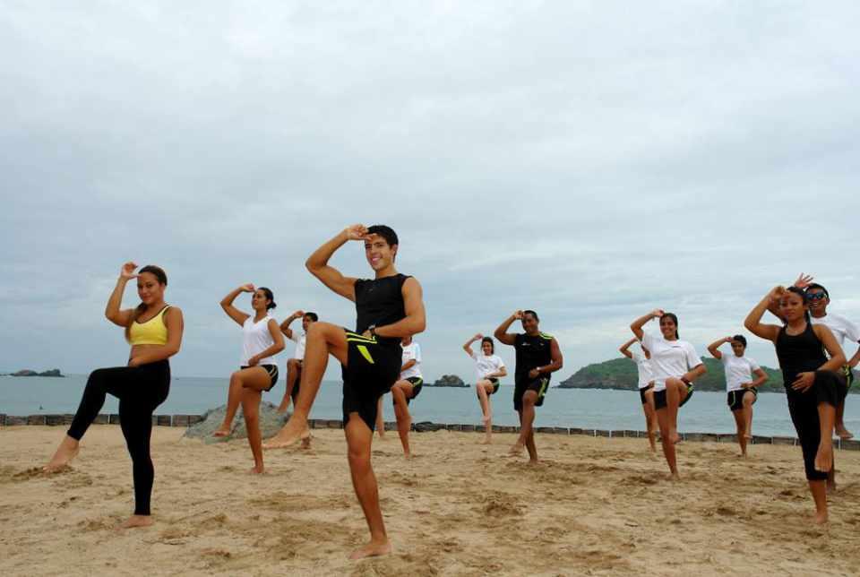 Actividades y Entretenimiento en el Hotel Azul Ixtapa Grand: Spinning - Yoga – Pilates – TAE BO – Zumba – Step aerobics