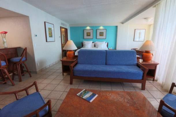Hotel Barceló Ixtapa Habitación Suite para 2 personas en el Hotel Barceló Ixtapa, ideal para bodas o aniversarios
