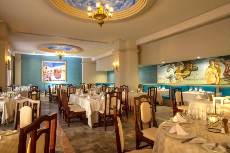 Restaurante La Fontana ofrece exquisita comida italiana en honor a su cocina clásica que incluye un exclusivo menú del que disfrutar en un ambiente único y agradable en el Barceló Ixtapa