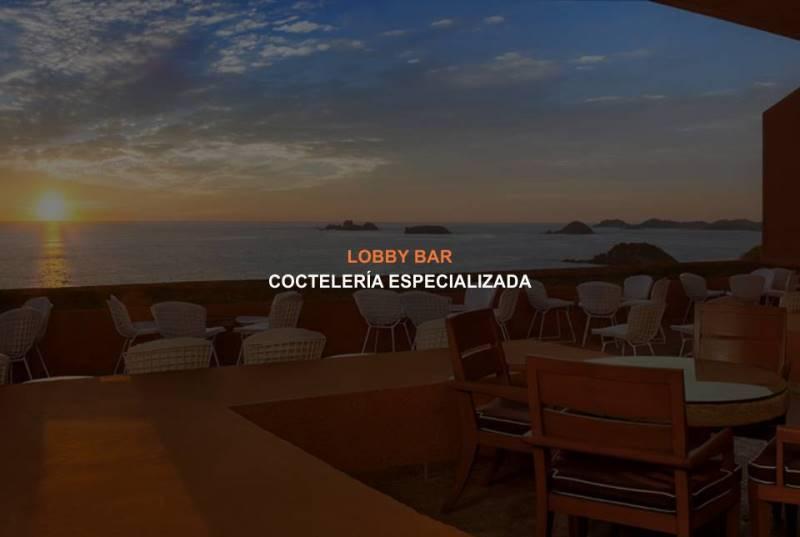 El Lobby Bar del Hotel Brisas Ixtapa le ofrece espectaculares vistas del atardecer con coctelería especializada