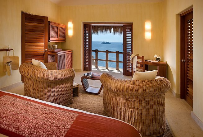 Hotel Cala de Mar Ixtapa Cuartos con alberca y terraza privada, impresionantes vistas al mar en Ixtapa Zihuatanejo