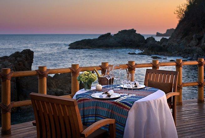 Hotel Cala de Mar Ixtapa Todo Incluido: La variedad de opciones gastronómicas propone especialidades de restaurantes en Zihuatanejo