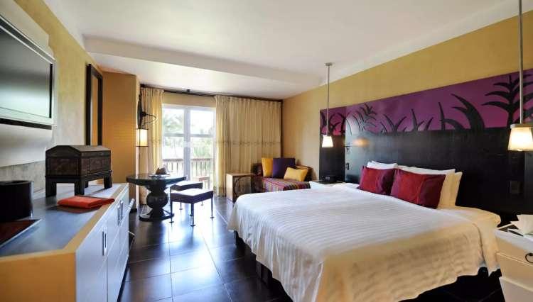 Hotel Club Med Ixtapa Habitación Deluxe: alojamiento amplio, compuesto por una habitación para los padres y una para los niños, con un espacio de juego solo para ellos
