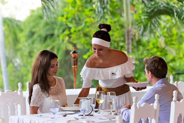Hotel Club Med Ixtapa Todo Incluido: Disfrute de los 3 restaurantes y de los 3 bares del Hotel Club Med en sus próximas vacaciones en Ixtapa Zihuatanejo
