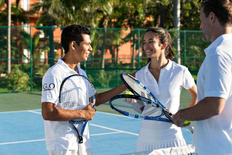 Hotel Club Med Ixtapa Todo Incluido: Actividades Deportivas, Instalaciones deportivas, escuela de tenis en el Club Med Ixtapa