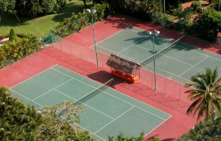 Hotel Emporio Ixtapa Todo Incluido: Instalaciones deportivas, actividades deportivas, canchas de tenis
