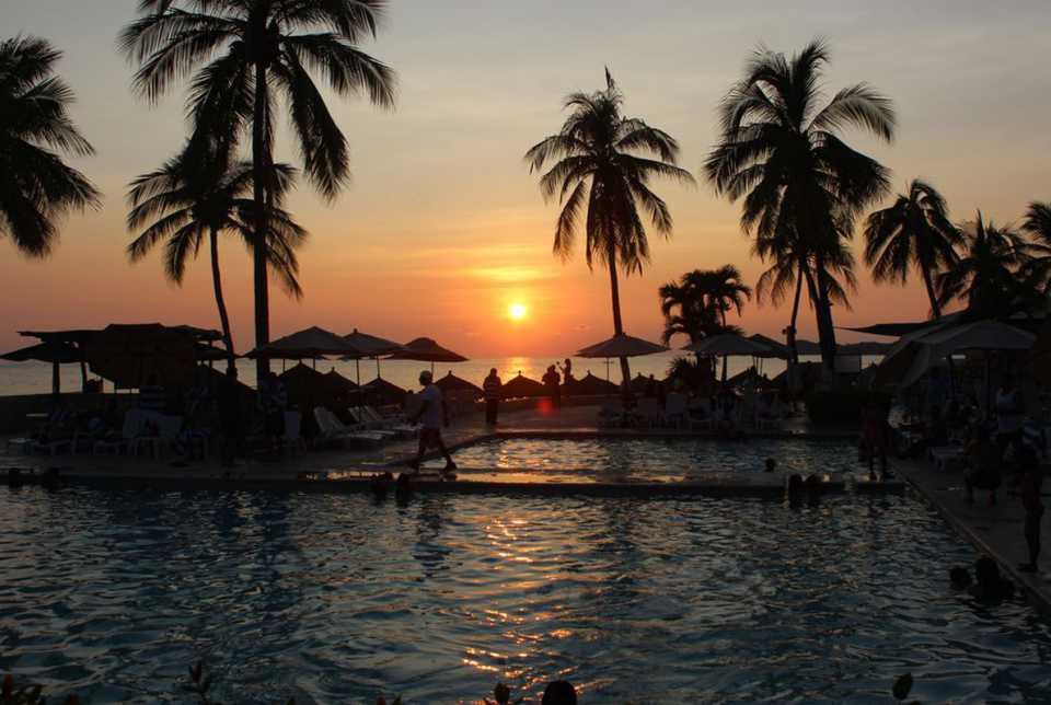 Hotel Fontán Ixtapa Todo Incluido: Tenemos dos grandes albercas y zona de chapoteadero para disfrutar del clima y el sol de Ixtapa Zihuatanejo