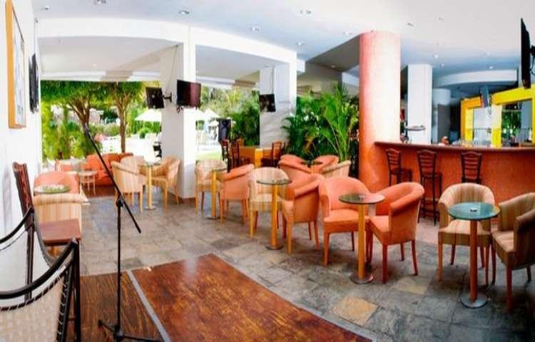 Hotel Gamma Inn Ixtapa, en el restaurante Playa Linda podrás escuchar música en vivo mientras disfrutas de tus alimentos en tus vacaciones en el Hotel Gamma Inn Ixtapa