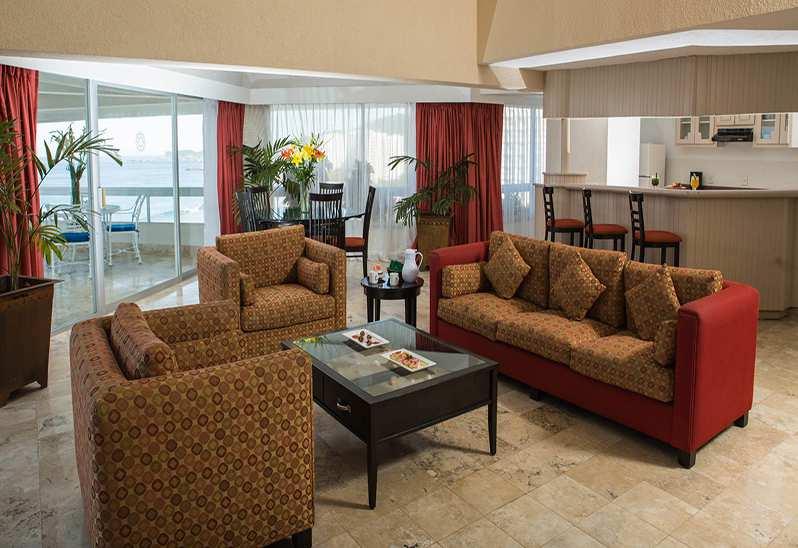 Hotel Krystal Ixtapa Habitaciones de Lujo con Vista al mar, suites familiares, junior suite y suite presidencial en el Hotel Krystal Ixtapa