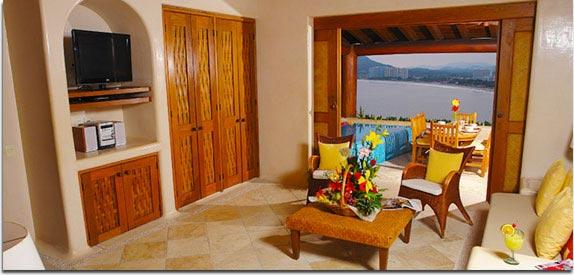 Hotel Pacífica Ixtapa. Las suites Pacífica Sands son de las preferidas por nuestros clientes, ya que puede encontrar en ellas prácticos espacios con todo lo necesario y están situadas a la orilla del mar