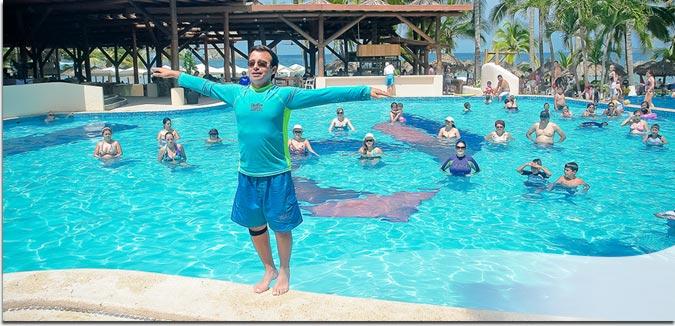 Hotel Pacífica Ixtapa Todo Incluido: En plan individual o familiar; usted encontrará gran variedad de actividades deportivas, tales como: Veleo, moto acuática, Circuito ciclista por toda la zona hotelera, buceo y pesca, paracaídas, Esquí acuático