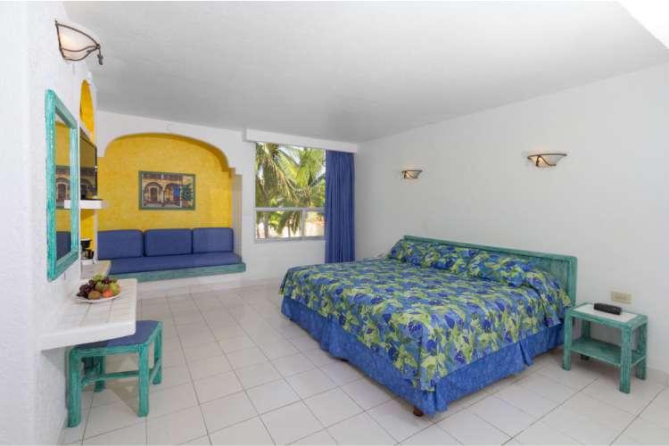 Hotel Posada Real Ixtapa Cuartos, pregunta por nuestros paquetes Todo Incluido para tus próximas vacaciones en Ixtapa Zihuatanejo, el Hotel Posada Real Ixtapa es un hotel económico en la Zona Hotelera I de Ixtapa