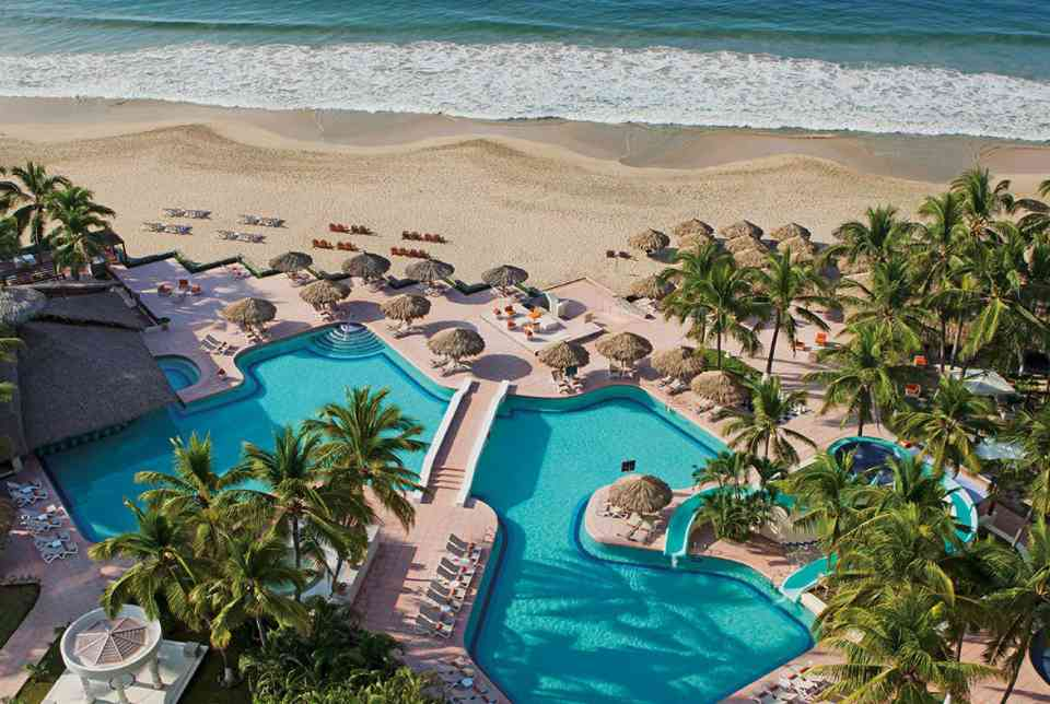 Hotel Sunscape Ixtapa Todo Incluido. DEPORTES ACUÁTICOS, Para los más aventureros tenemos buceo*, pesca deportiva *, deportes acuáticos motorizados* y mucho más